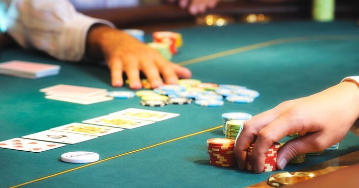 透視百家樂概率,相信許多熟知百家樂賭戲的玩家們,一定會了解概率對百家樂的重要性,若你夠了解百家樂概率,那你定能在百家樂中決殺莊家。